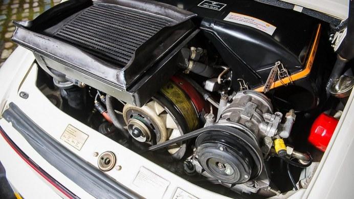 1985-porsche-911-turbo-se9