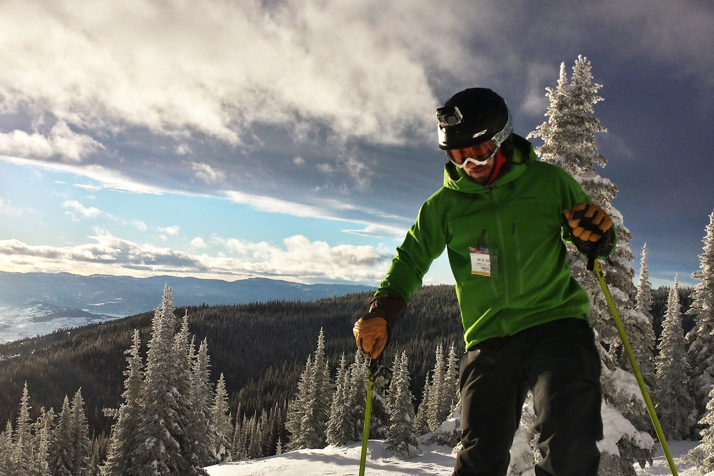 Skiing at Silver Star Mountain Resort