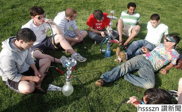 hookah-smoking-lafayette-college-93908af88ccc239a_768_471