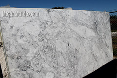 Super White Quartzite Countertop Slabs
