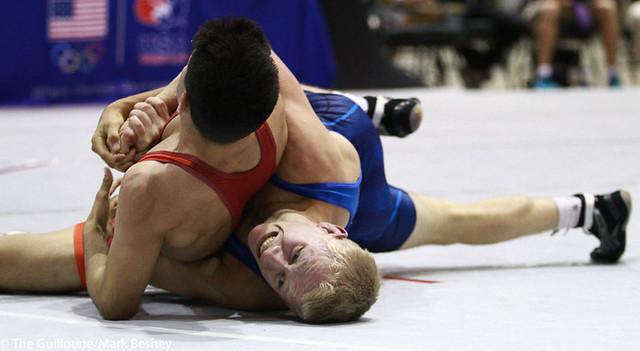 Dalton Roberts (NYAC/NMU) won by dec. over Randon Miranda (NYAC/NMU) 11-10 - 171008mk0181