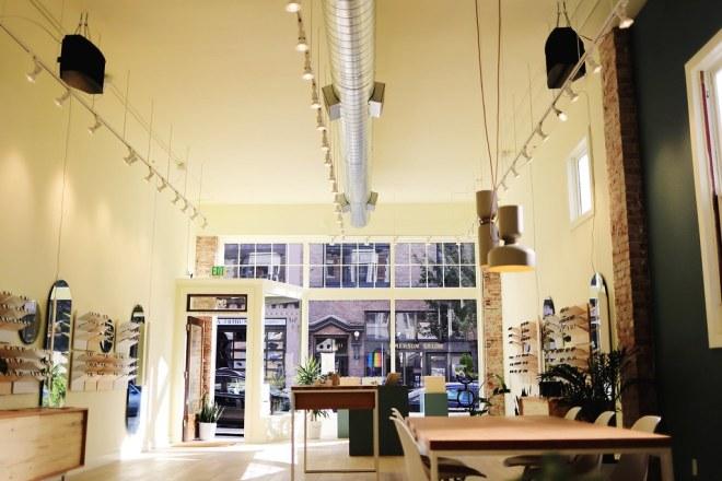 Ollie Quinn glasses review - Seattle Cap Hill glasses shop