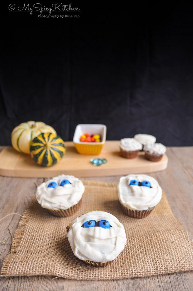 Mummy Cupcakes, Halloween Cupcakes,