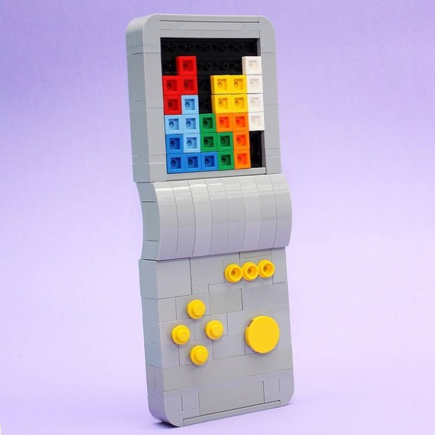 Happy #childrensday from #Singapore! Here's a childhood toy that I built with a medium that also happens to be a childhood toy. Hands up if you know what this is! :) #tetris #brickgame #retro #eighties #artisanbricks #lego