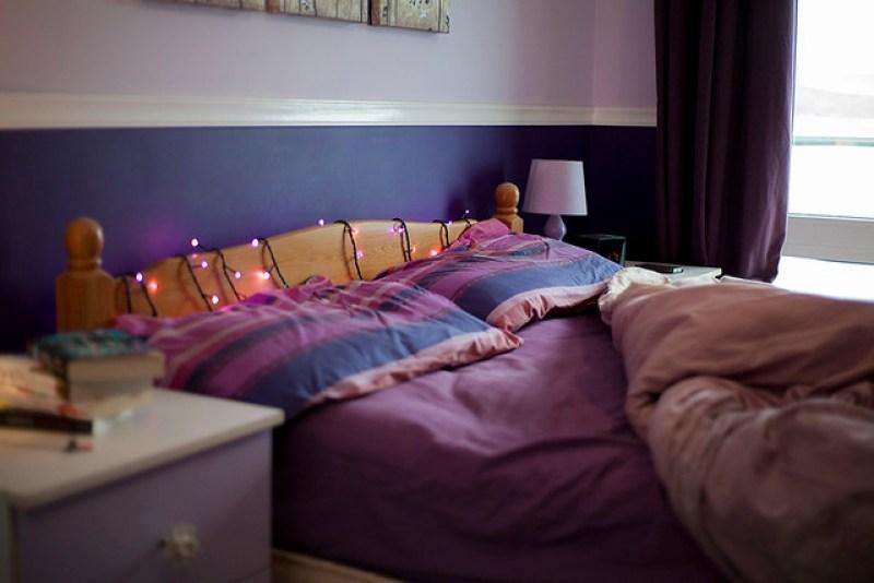 purple bedroom décor
