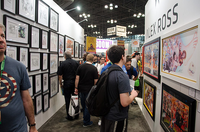 Alex-Ross-Art-stand-NYCC-Oct-2017-col-pic#1