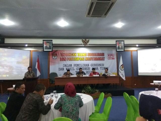 Bimtek Sosialisasi dan Partisipasi Masyarakat yang diadakan KPU Jatim di Grand Whiz Hote Trawas Mojokerto, berlangsung selama dua hari mulai Rabu (18/10) sampai Kamis (19/10)