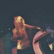 Naomi en Dmag Party.