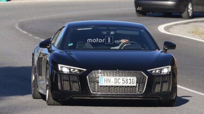 new-audi-r8-version-spy-photo