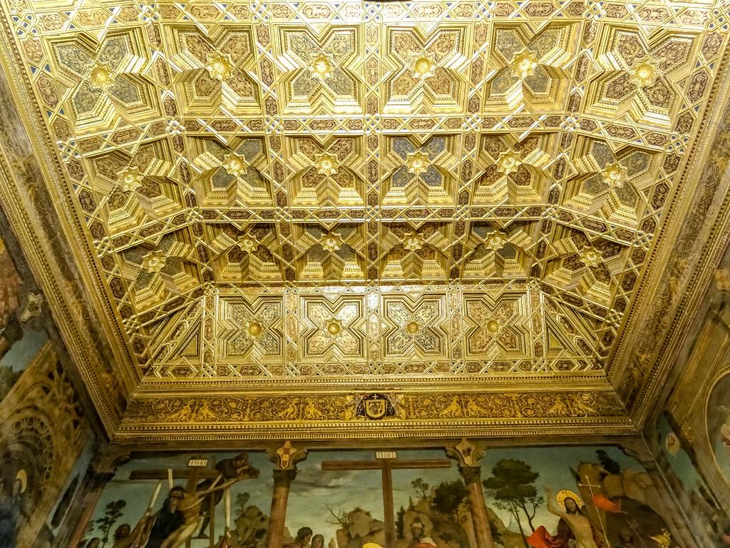 artesonado mudejar plateresco de Diego Lopez y Francisco de Lara Sala Capitular Catedral de Toledo 01