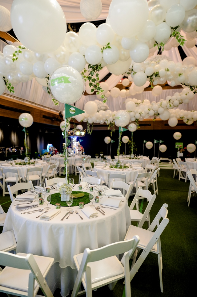 golf party ceiling