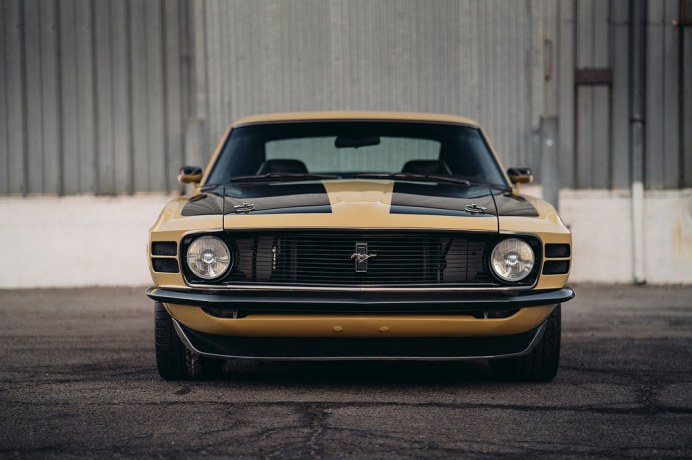 Ford-Mustang-Boss-302-SpeedKore-19