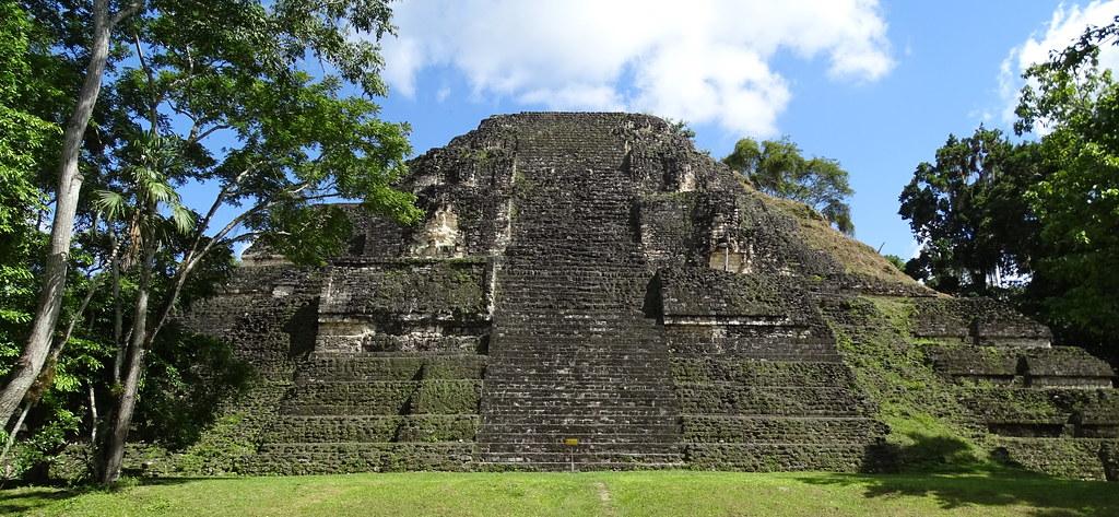Tikal Gran Pirámide Ciudad Maya Guatemala 03