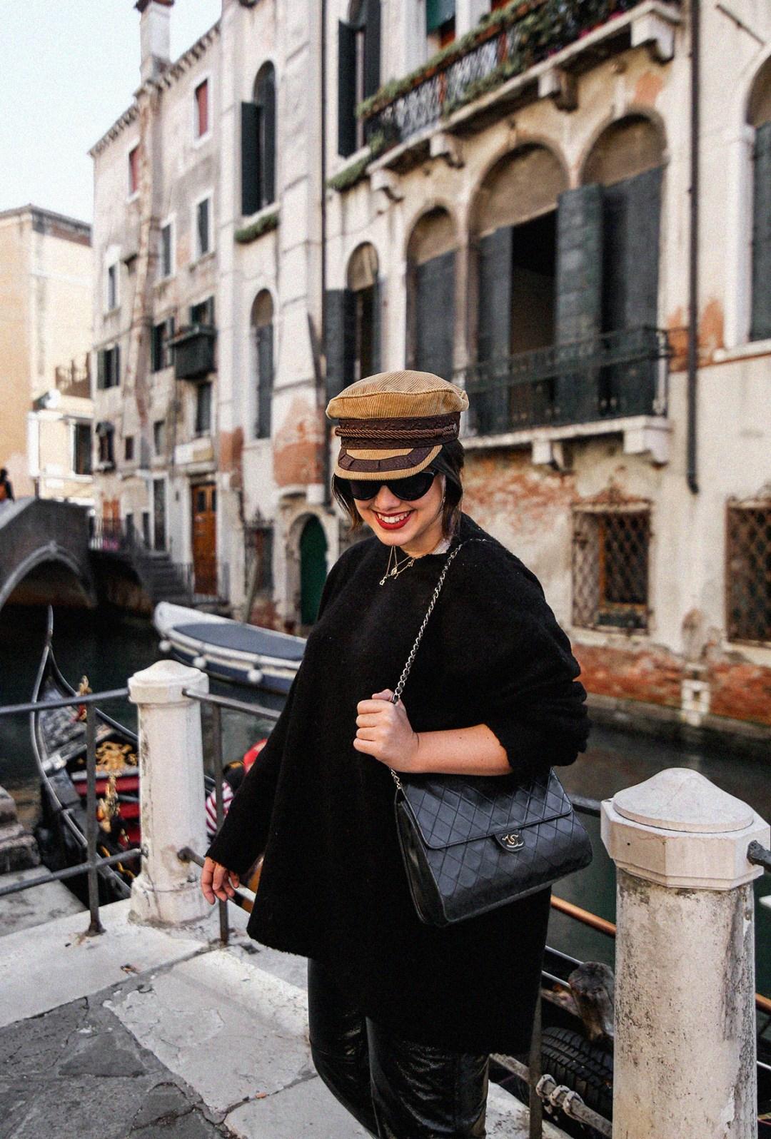 pantalon-charol-tendencia-look-en-venecia-myblueberrynightsblog11
