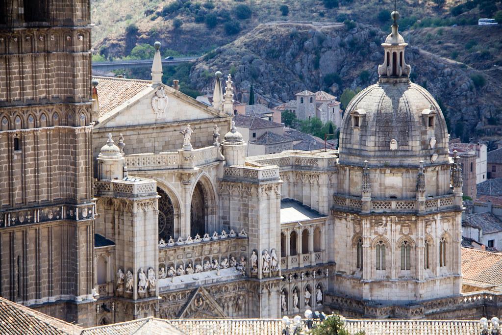 Cupula de Capilla Mozarabe exterior Catedral de Toledo 01