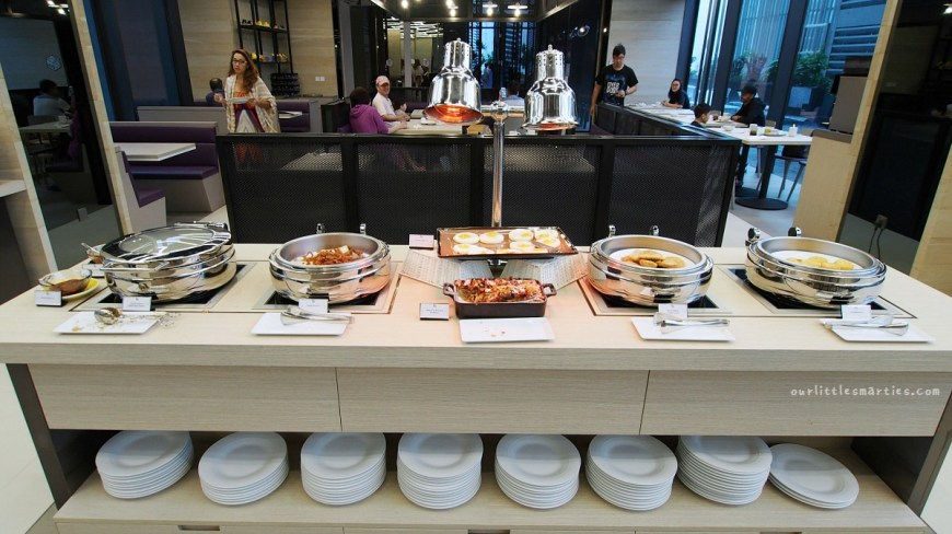 YOTEL Singapore Breakfast