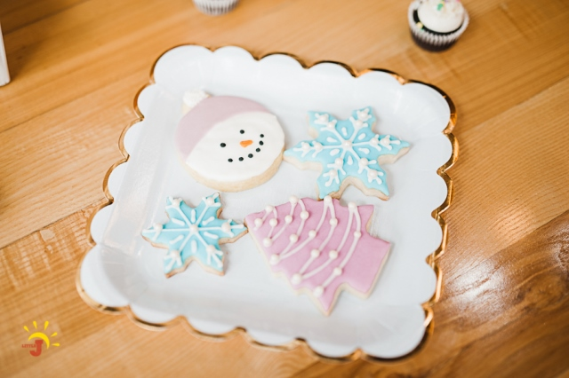 modern holiday sweets (11)