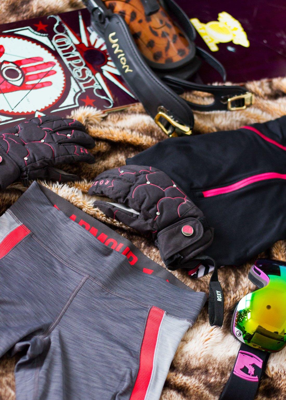 Winter-Ski-Trip-Packing-Guide