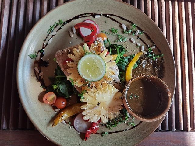Notre plus belle assiette, du thon grillé pour 5€ à Bali