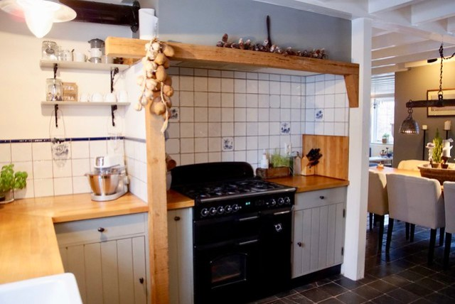 Keuken houten schouw landelijke stijl