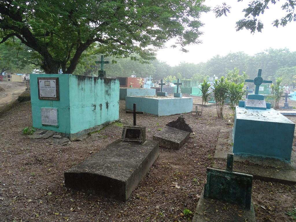 Livingston Cementerio Guatemala 01
