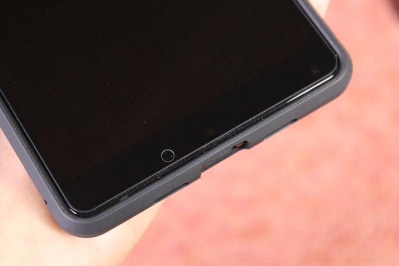 Xiaomi Mi Mix 2 の保護ガラスを貼る (23)