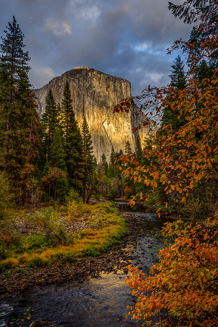Yosemite's El Capitan in the Fall, Yosemite National Park, alifornia