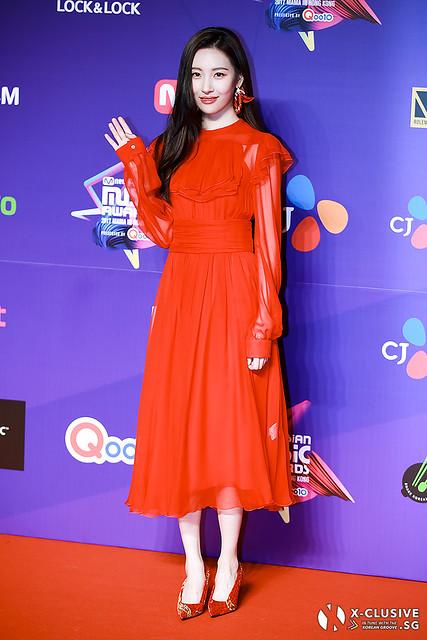 Sunmi at 2017 MAMA in Hong Kong