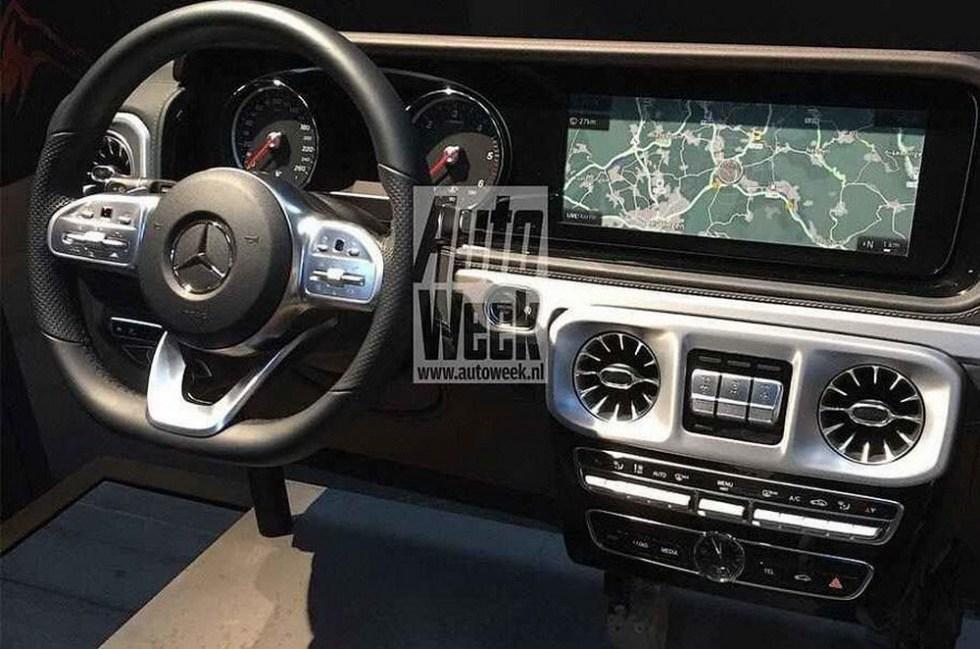 g-class-interior (2)