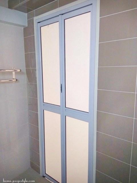 Toilet Bifold doors top hung- home.joogostyle