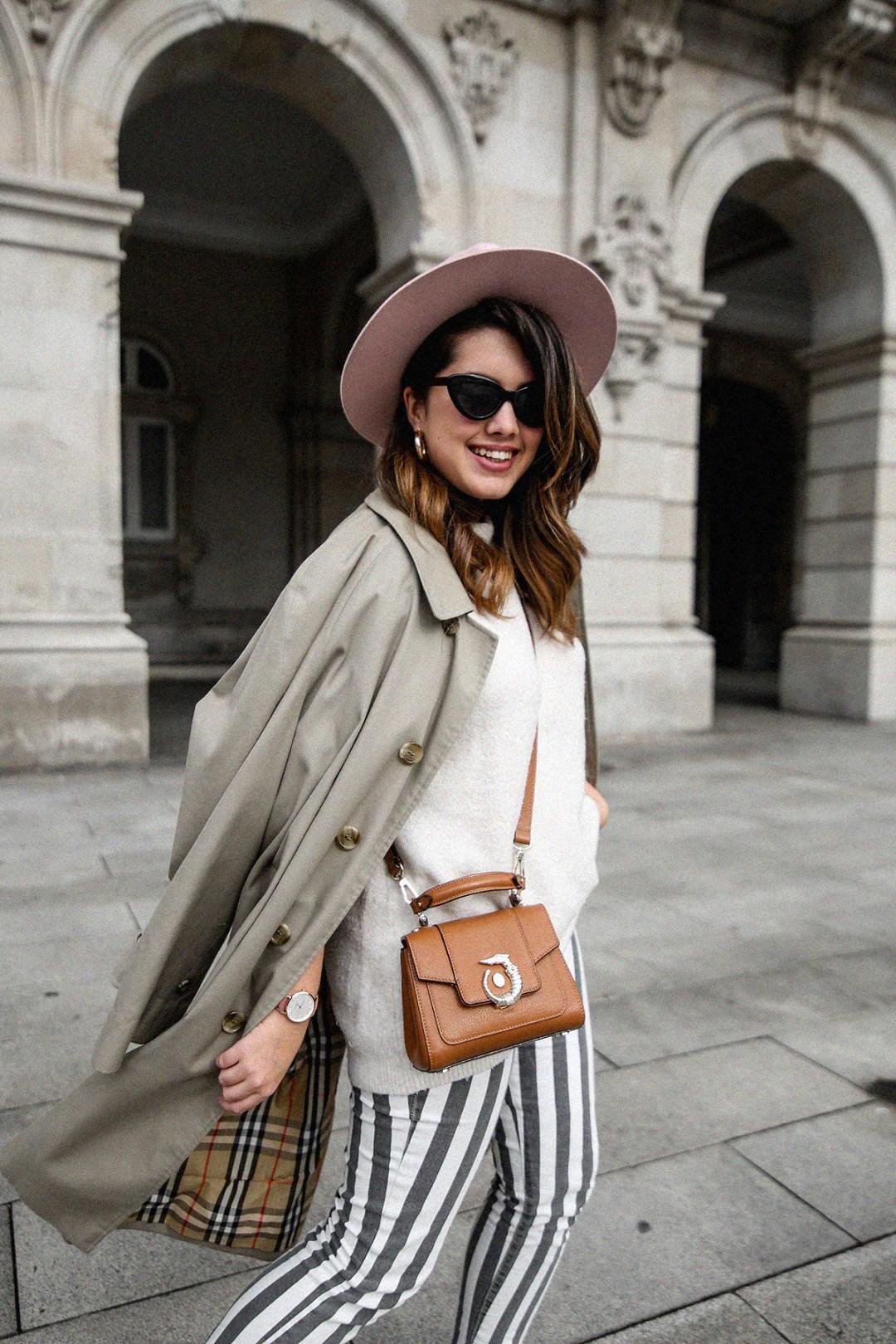 pantalones-de-rayas-pull&bear-streetstyle-lovy-bag-trussardi10