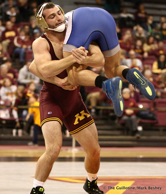 157 No. 9 Jake Short (Minnesota) dec. Dane Robbins (Air Force) 3-2. 171112AMK0097