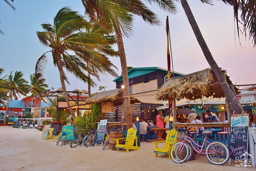 Caye Caulker Belize - first bar arriving on Caye Caulker Island!