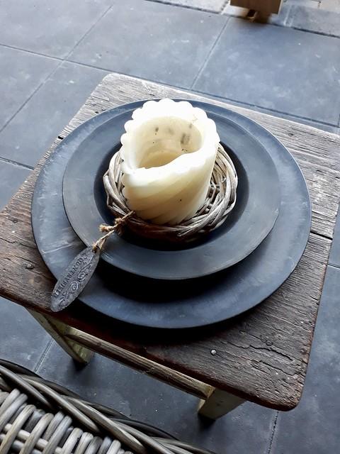 Houten tafel schalen kaars