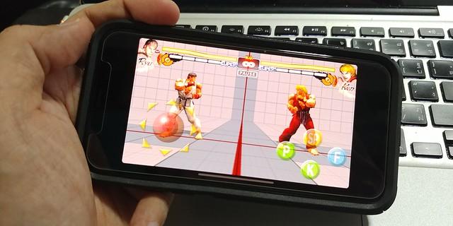 หลายๆ เกม (โดยเฉพาะเกมเก่า) ไม่รองรับหน้าจอเต็มๆ ของ iPhone X