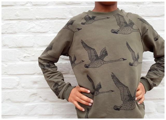 nosh sweater & give-away