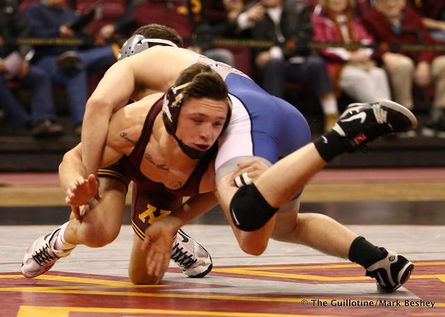 133 No. 6 Mitch McKee (Minnesota) fall Justin Becci (Air Force) 2:27. 171112AMK0021