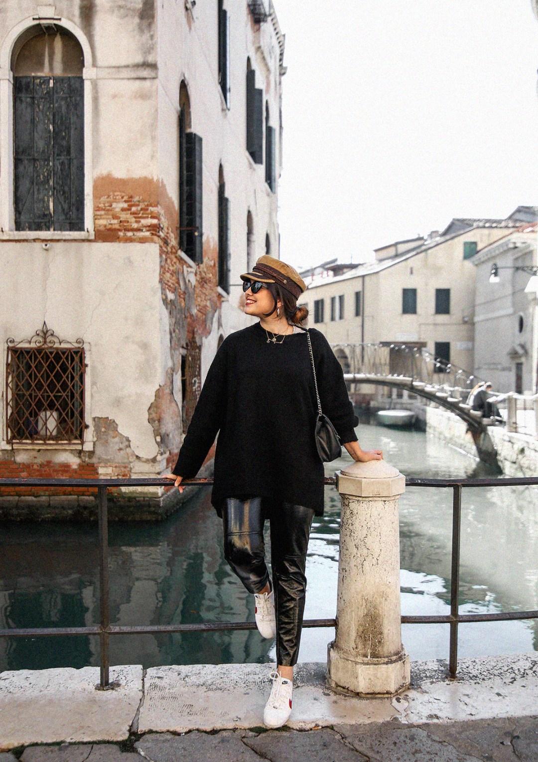 pantalon-charol-tendencia-look-en-venecia-myblueberrynightsblog15