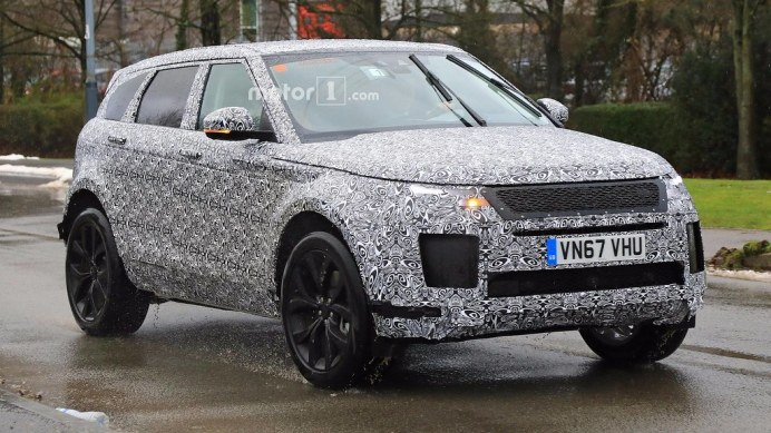 2019-range-rover-evoque-spy-photo