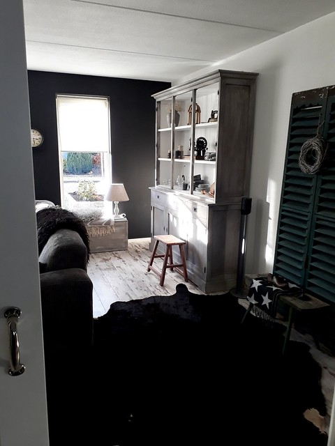 Binnenkijken grijszwart interieur
