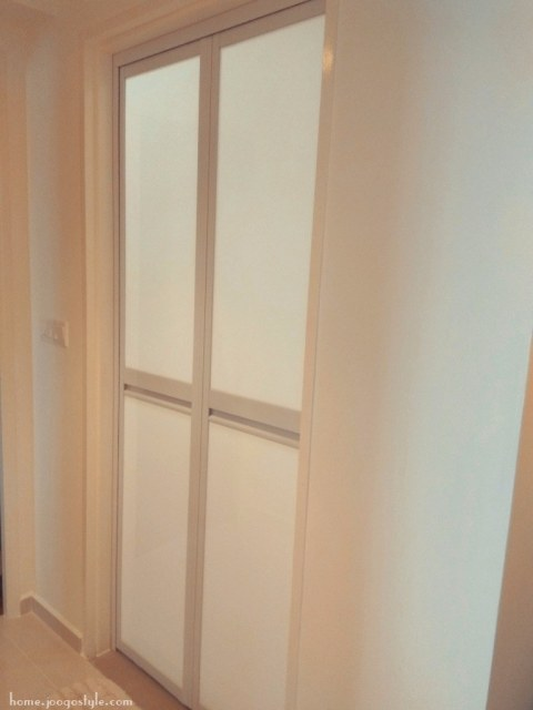 Toilet Bifold doors - home.joogostyle