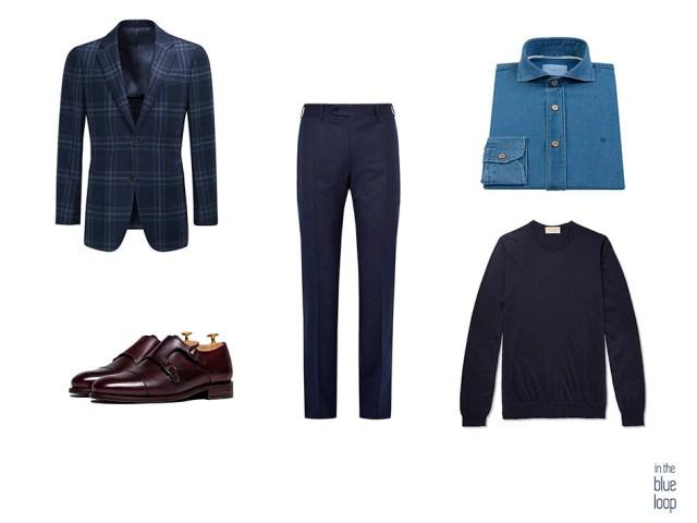 Look masculino smart casual con blazer, pantalones de vestir, camisa vaquera, monk y sweater