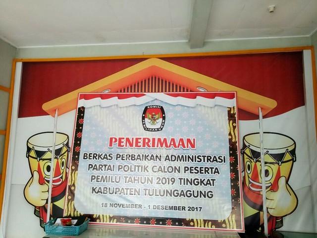 KPU Tulungagung membuka perbaikan data administrasi partai politik di gedung RPP KPU Tulungagung