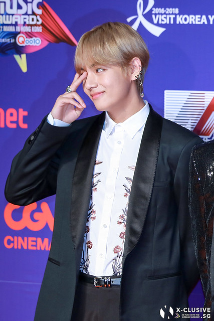 V / Kim Taehyung (BTS) at 2017 MAMA in Hong Kong