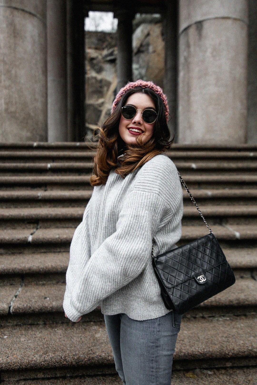 puffer-coat-grey-sweater-look-streetstyle