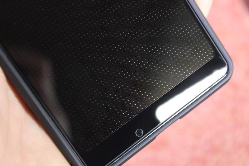 Xiaomi Mi Mix 2 の保護ガラスを貼る (24)