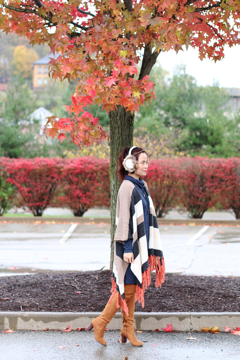fall-poncho-ear-muffs-outfit-otk-boots-4