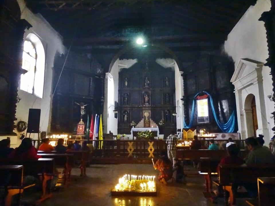 Chichicastenango Iglesia de Santo Tomás Guatemala 10