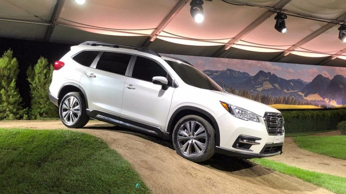 2019-subaru-ascent (1)