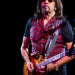 Ace Frehley @ Alice Cooper's Christmas Pudding.